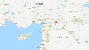 图上红色点处便是原由库尔德武装控制的敏贝吉城市,河对岸就是土耳其