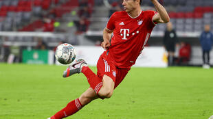 Robert Lewandowski scored his 31st Bundesliga goal of the season to help Bayern Munich to their eighth consecutive German top flight title.