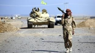 A Shia-Muslim fighter in the town of Hamrin in Iraq's Salahuddin province