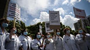 Hôpital - France - Grève - Infirmiers - Infirmières - Médecins - Personnels soignants