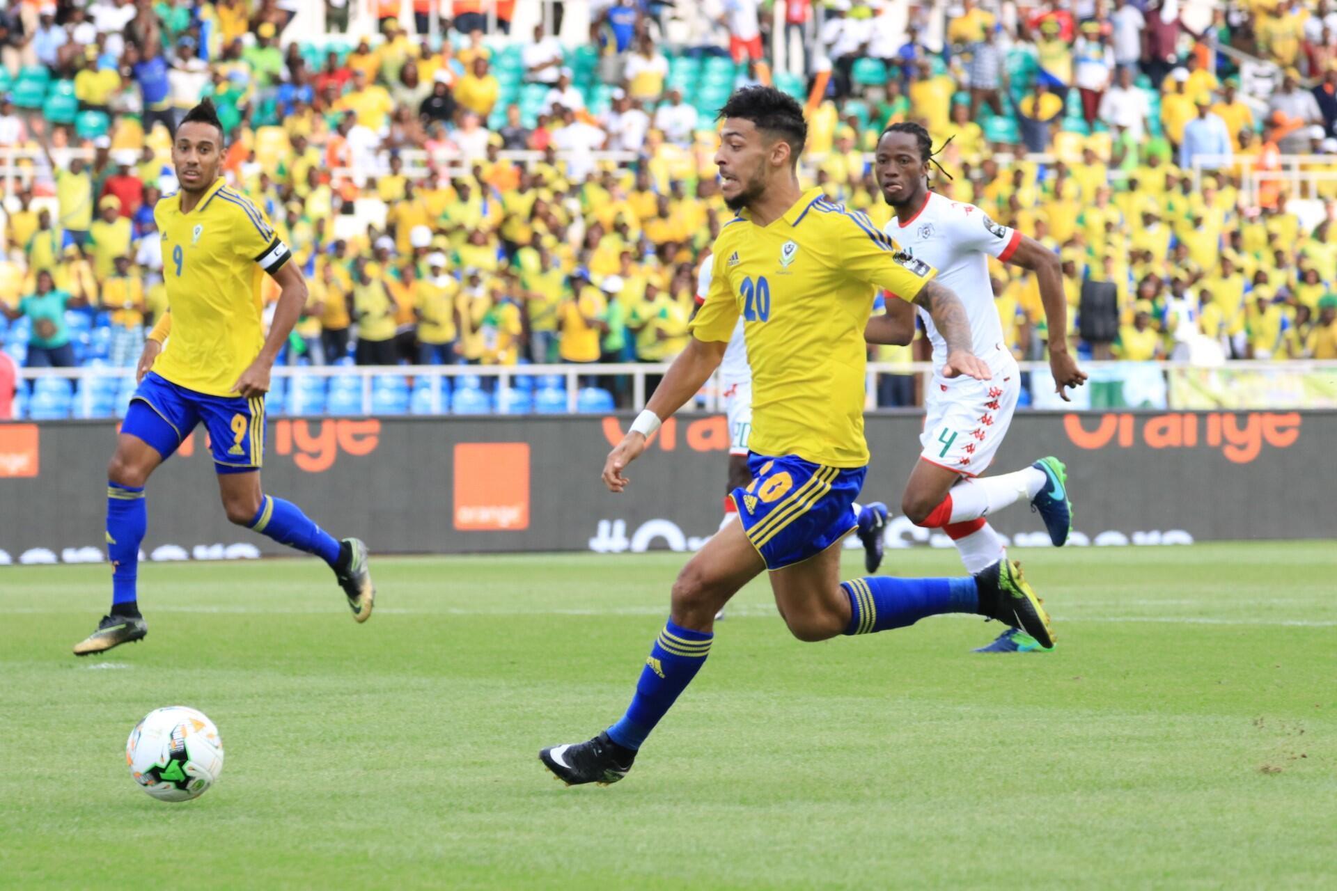 Bouanga mène l'attaque gabonnaise lors de la rencontre contre le Burkina Faso, le 18 janvier 2017.