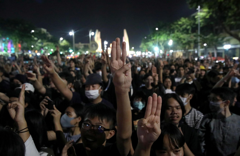 星期六曼谷示威民眾資料圖片