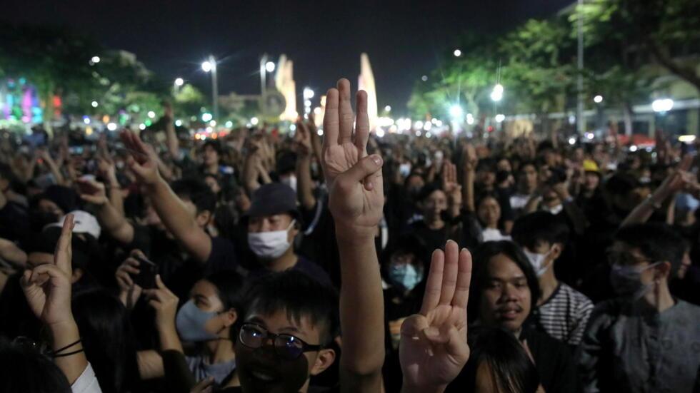 星期六曼谷示威民众资料图片