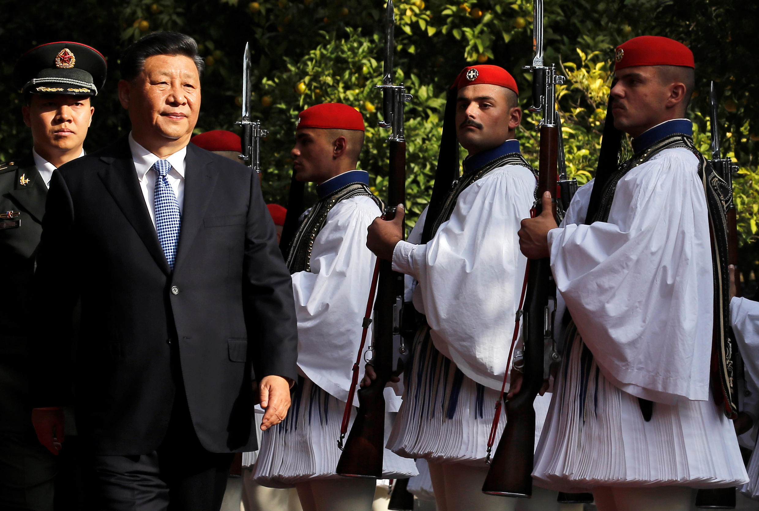 Chinese President Xi Jinping inspects a guard of honour during a guard of honour during a welcome ceremony in Athens, Greece, November 11, 2019.