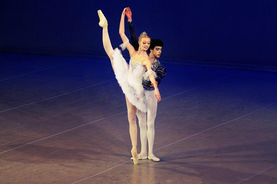 Depois de cinco anos de estudos de dança, o bailarino brasileiro David Motta passou a integrar o corpo de baile do Bolshoi em setembro passado.