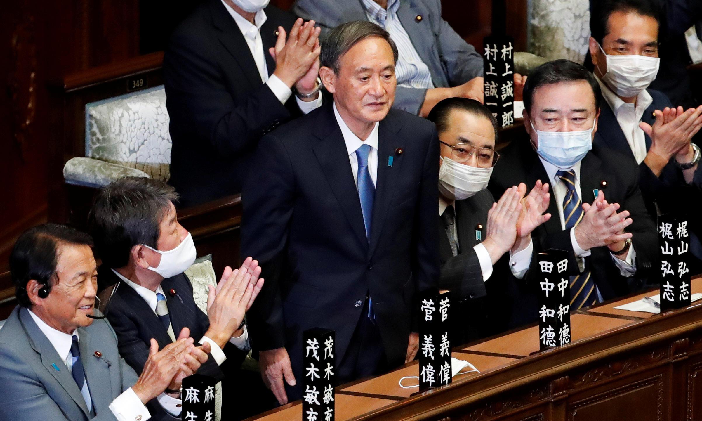 2020-09-16T050132Z_116637648_RC2HZI9VFFC3_RTRMADP_3_JAPAN-POLITICS