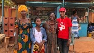Jeanne Diama, Yolande Pehe, Odile Sankara et Hermine Yollo.