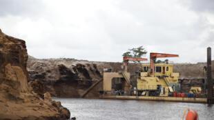 Installation minière au sud-est de Madagascar.