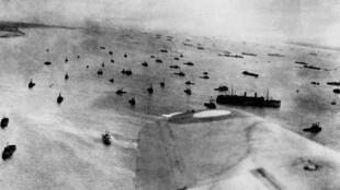 Le 6 juin 1944, quelque 130 000 soldats débarquent sur les côtes normandes.