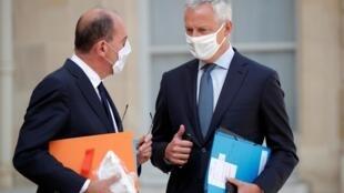 Le Premier ministre français Jean Castex et le ministre de l'Économie Bruno Le Maire, à l'Élysée, le 26 août 2020.