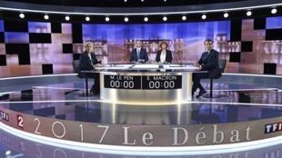 Marine Le Pen y Emmanuel Macron antes del cara a cara organizado por las televisiones TF1 y France2