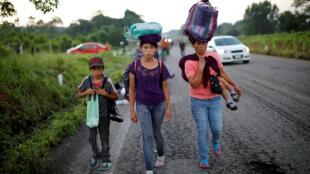 Caravana de migrantes: a chegada à cidade de Pijijiapan