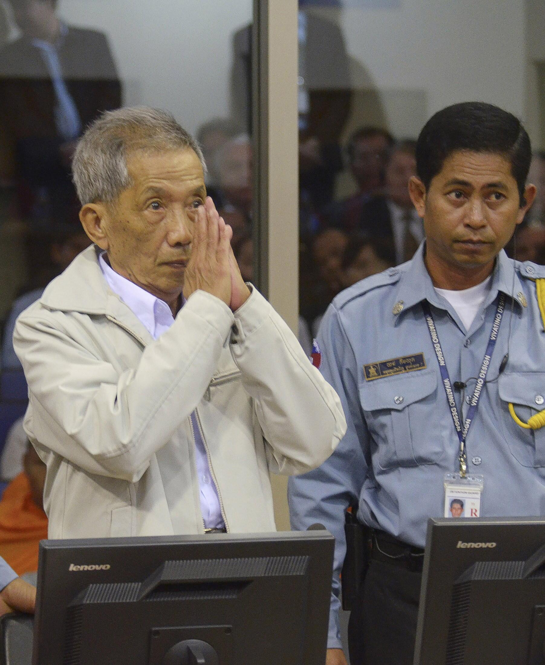 Julgamento do chefe torturador do Khmer Vermelho, Kaing Guek Eav.