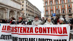Biểu tình chống phát xít tại Roma, ngày 24/02/2018.