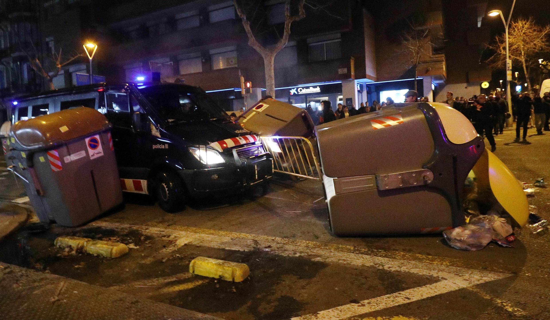 Акции против задержания Карлеса Пучдемона прошли в воскресенье, 25 марта.
