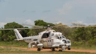 Un hélicoptère de la Minusca dans le cadre de l'opération Bamara, le 29 avril 2016.