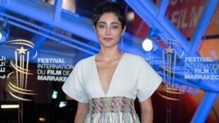 جشنوارۀ مراکش: گلشیفته فراهانی در مراسم بزرگداشت برتران تاورنیه، فیلمساز فرانسوی، حضور یافت