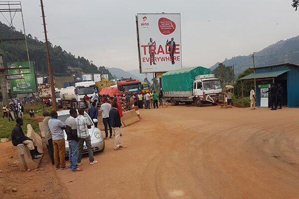 Mpaka wa Gatuna unaotenganisha nchi za Uganda na Rwanda