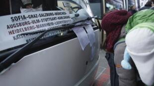 En Bulgarie, une station de bus à Sofia pour des départs vers l'Allemagne, la France et le Royaume-Uni, le 8 janvier 2013.