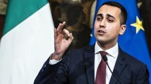 ملاقات لوئیجی دی مایو معاون نخستوزیر ایتالیا با جلیقه زردهای فرانسوی باعث بحران سیاسی شد