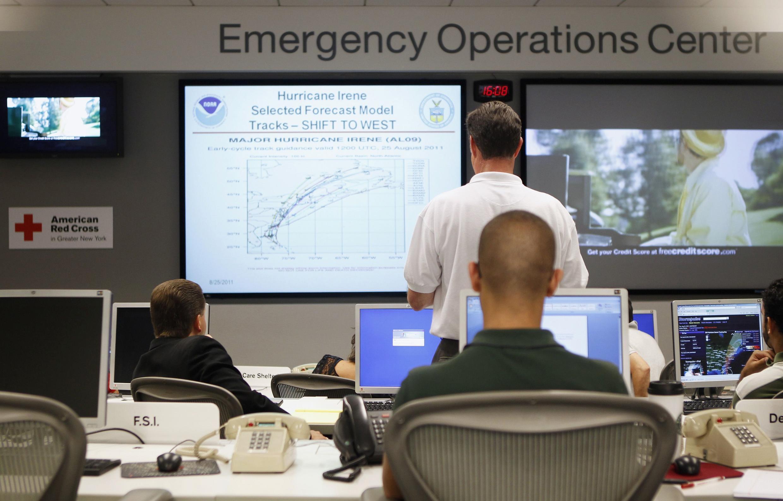 Em Nova York, especialistas acompanham a progressão do furacão Irene