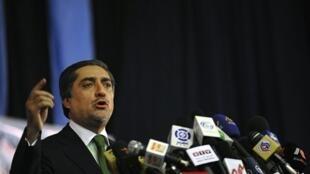 Abdullah Abdullah lors de sa conférence de presse à Kaboul, le 1er novembre 2009.
