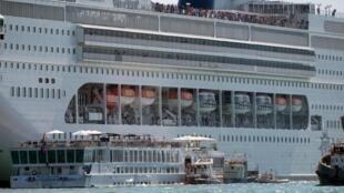 Le 2 juin 2019, le «MSC Opera» a perdu le contrôle et a heurté un quai puis un bateau touristique, dans le port de Venise.