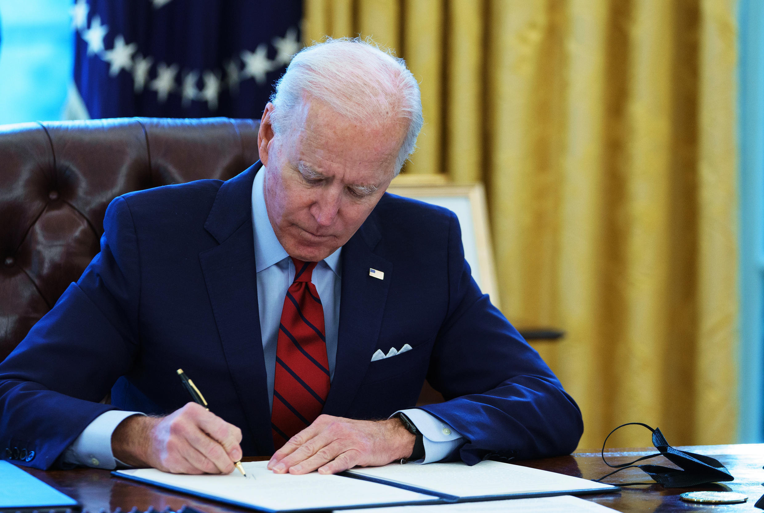 President Joe Biden will sign a series of executive orders aimed at reforming the US immigration process, signaling a return to a more inclusive policy