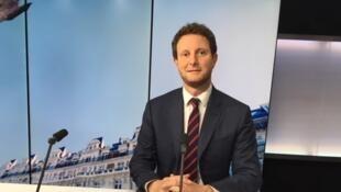 O secretário de Estado francês dos Assuntos Europeus, Clément Beaune, afirmou a 24 de Maio de 2021 que a União Europeia poderá alargar as sanções contra a Bielorrússia, após o desvio do voo comercial da Ryanair entre a Grécia e a Lituânia.