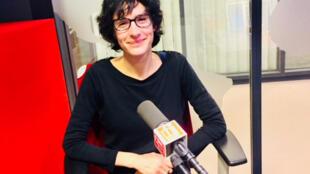 L'auteure Pascale Dietrich dans les locaux de RFI.