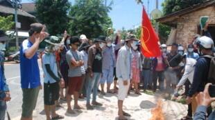 2021-04-08T085909Z_1849168253_RC2KRM9R6C74_RTRMADP_3_MYANMAR-POLITICS