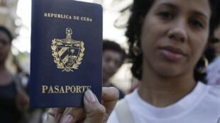 A partir de hoje, os cidadãos cubanos poderão viajar livremente ao exterior.
