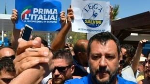 O vice-premiê e ministro do Interior Matteo Salvini, líder do partido de extrema direita Liga, quer eleições antecipadas na Itália em outubro.