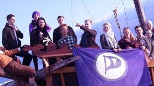 冰岛海盗党支持者们