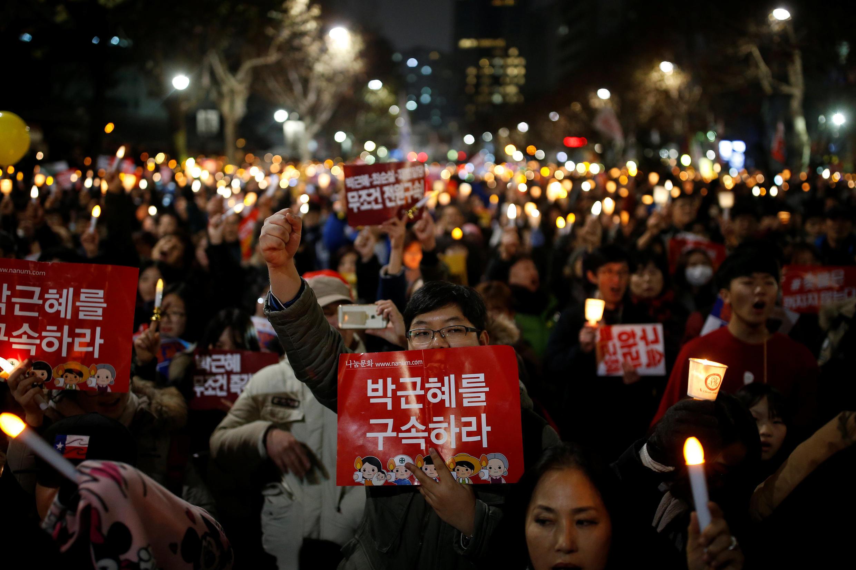 韓國民眾反樸槿惠遊行 ( 2016 12 17).