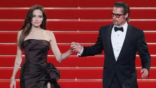 Brad Pitt et Angelina Jolie font souvent la couverture des magazines people !