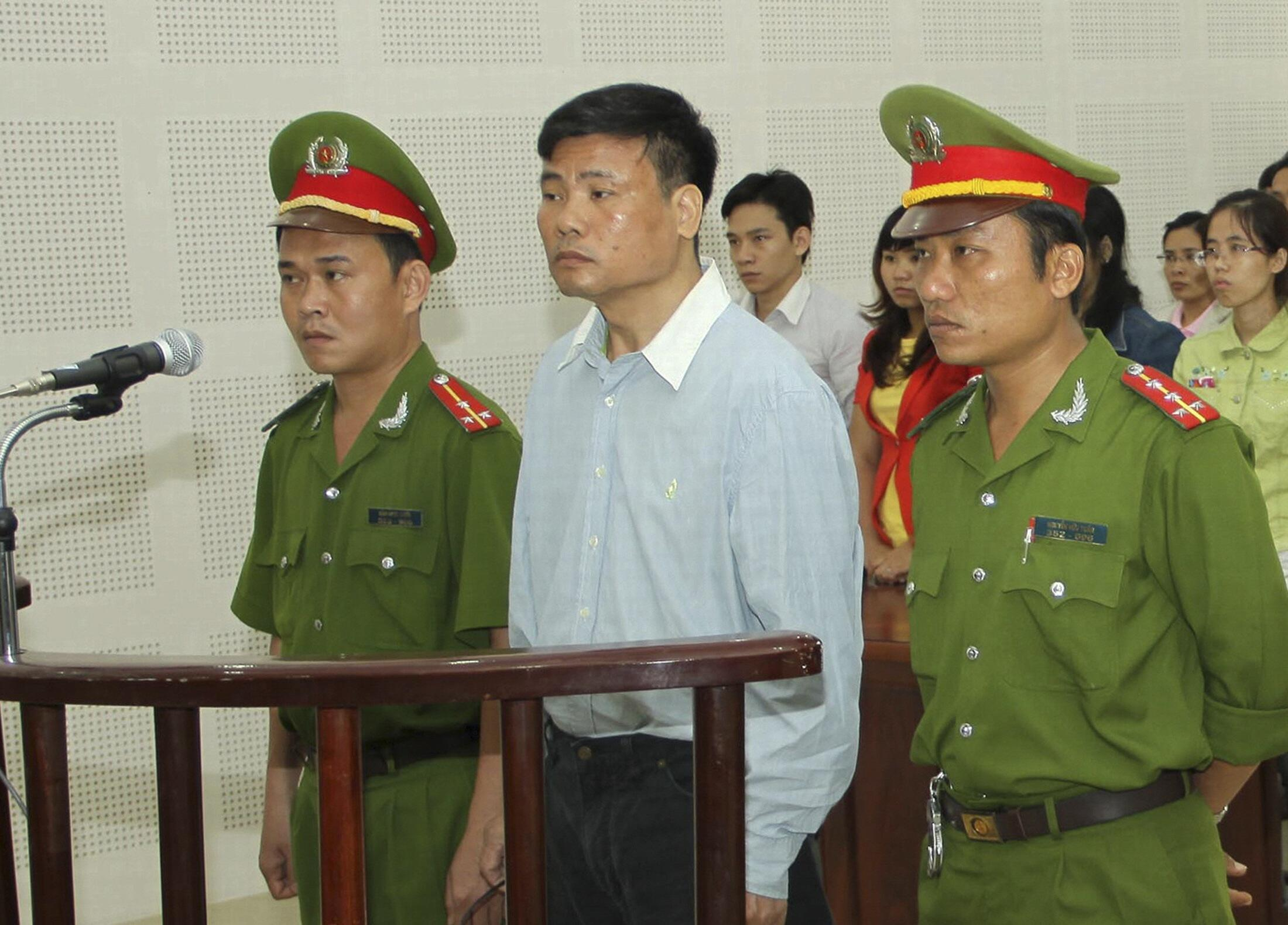 Nhà báo, blogger Trương Duy Nhất từng bị tòa án Đà Nẵng kết án hai năm tù.