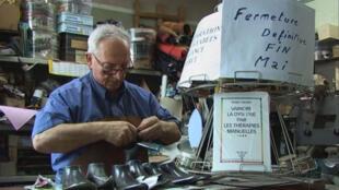 Léon dans le premier épisode de « Six portraits XL » d'Alain Cavalier.