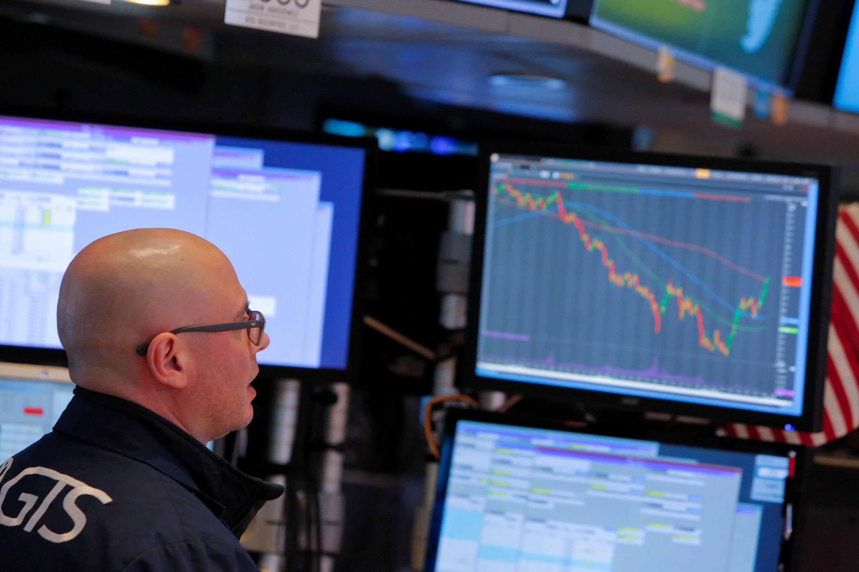 Trader na Bolsa de Nova York (NYSE) em Manhattan, 9 de fevereiro de 2018.
