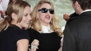 """A cantora pop Madonna apresentou nesta quinta-feira seu segundo longa-metragem, """"W.E.""""."""