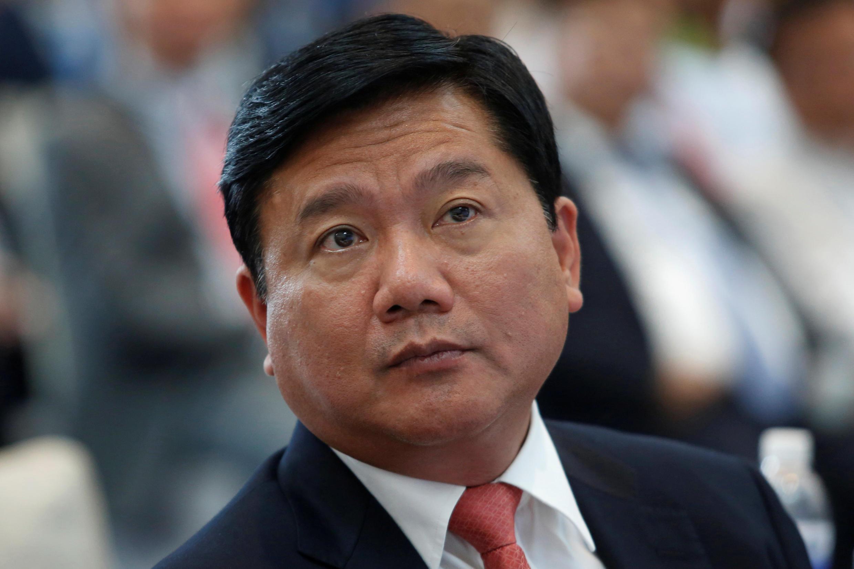 Ông Đinh La Thăng lúc còn là bộ trưởng Giao Thông Vận Tải. (Ảnh chụp trong một buổi lễ tại Hà Nội, ngày 02/07/2015)