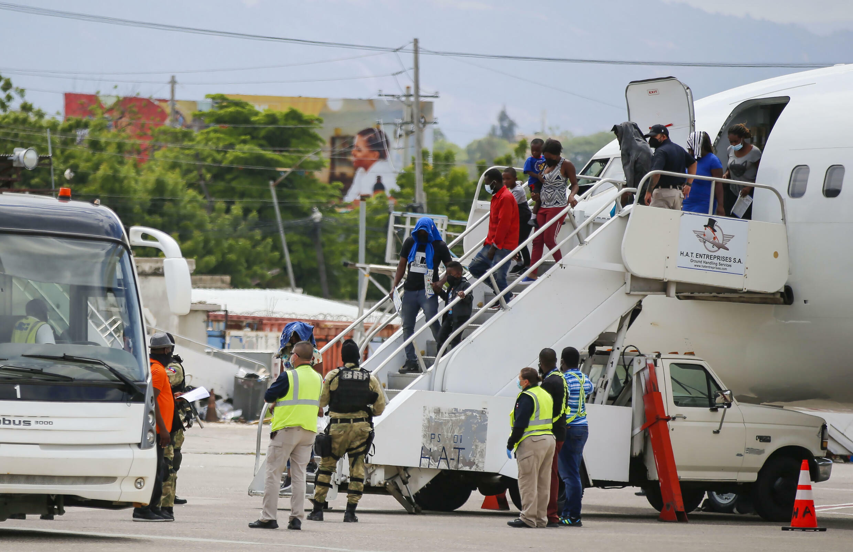 haitiens migrants del rio port au prince aéroport