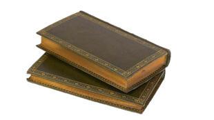 La restauración de libros antiguos.