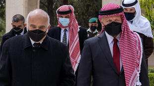 Jordan's King Abdullah II (R), family mediator Prince Hassan bin Talal (L) and Prince Hamzah (C) gather at Raghadan Palace in Amman