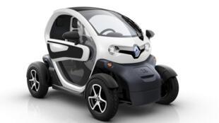 Com design moderno, o veículo é destinado a zonas urbanas e deslocamentos curtos.