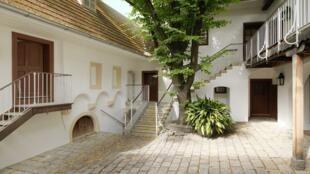 La maison dans laquelle le compositeur occupait un appartement a été transformée en un grand Musée Beethoven de 265 m².