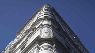 Le Plaza Hotel à New York serait convoité par le sultan de Brunei. Une information du Wall Street Journal démentie par le porte-parole du sultanat.