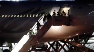 Cette semaine, neuf personnes soupçonnées jihadistes et expulsées de la Turquie sont arrivées en Allemagne.