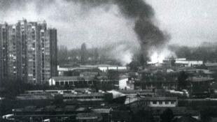 图为1999年5月8日中国驻南斯拉夫使馆遭北约轰炸 资料照片