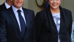 O presidente francês Nicolas Sarkozy recebeu a pré-candidata do PT, Dilma Rousseff no Palácio do Eliseu.